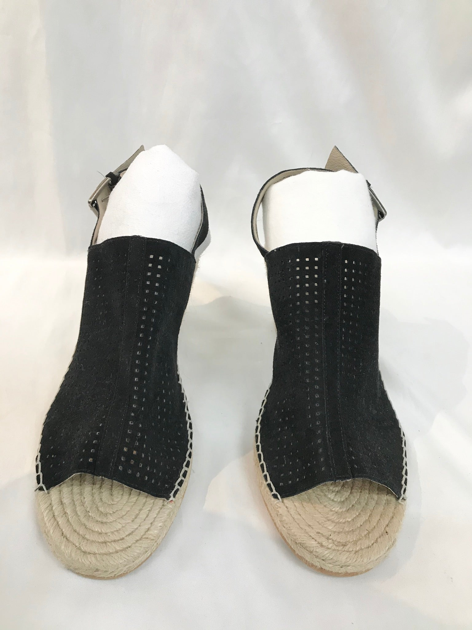 Primary Photo - BRAND: CASLON <BR>STYLE: SANDALS LOW HEEL<BR>COLOR: BLACK <BR>SIZE: 11 <BR>SKU: 262-26290-1479<BR><BR>AS IS