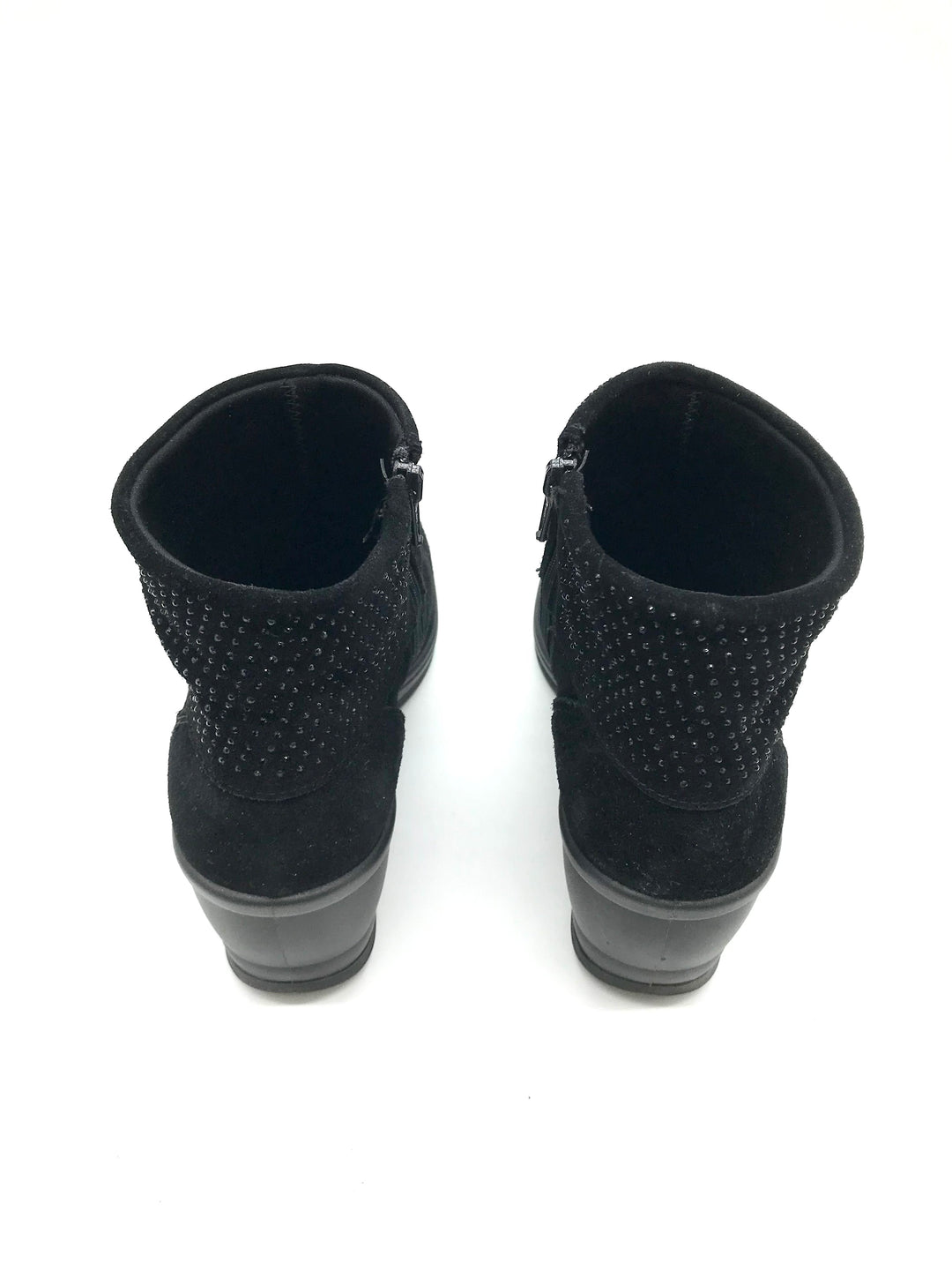 Photo #2 - <P>BRAND: CASUAL SOFT DESIGN <BR>STYLE: BOOTS ANKLE <BR>COLOR: BLACK <BR>SIZE: 8 <BR>OTHER INFO: CASUAL SOFT DESIGN - <BR>SKU: 262-26275-73080<BR><BR>AS IS MARKS (SEE PHOTOS)</P>