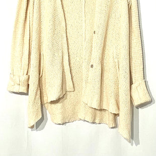 Primary Photo - BRAND: FREE PEOPLE STYLE: SWEATER CARDIGAN LIGHTWEIGHT COLOR: CREAMSIZE: XS /SSKU: 262-26275-68663OVERSIZED