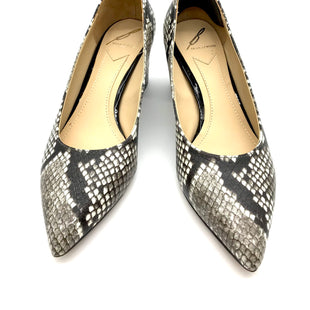 Primary Photo - BRAND:  BRIAN ATWOODSTYLE: SHOES LOW HEEL COLOR: SNAKESKIN PRINT SIZE: 6 SKU: 262-26275-64227GENTLE WEAR - AS IS