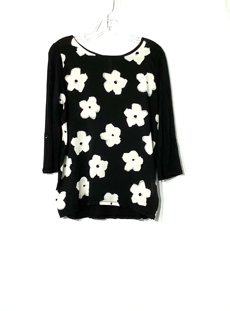 Primary Photo - BRAND: KENSIE <BR>STYLE: TOP 3/4 SHORT SLEEVE <BR>COLOR: BLACK WHITE <BR>SIZE: M <BR>SKU: 262-26275-71802