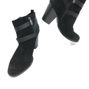 Primary Photo - BRAND: IVANKA TRUMP STYLE: BOOTS ANKLE COLOR: BLACK SIZE: 10 SKU: 262-26241-42916