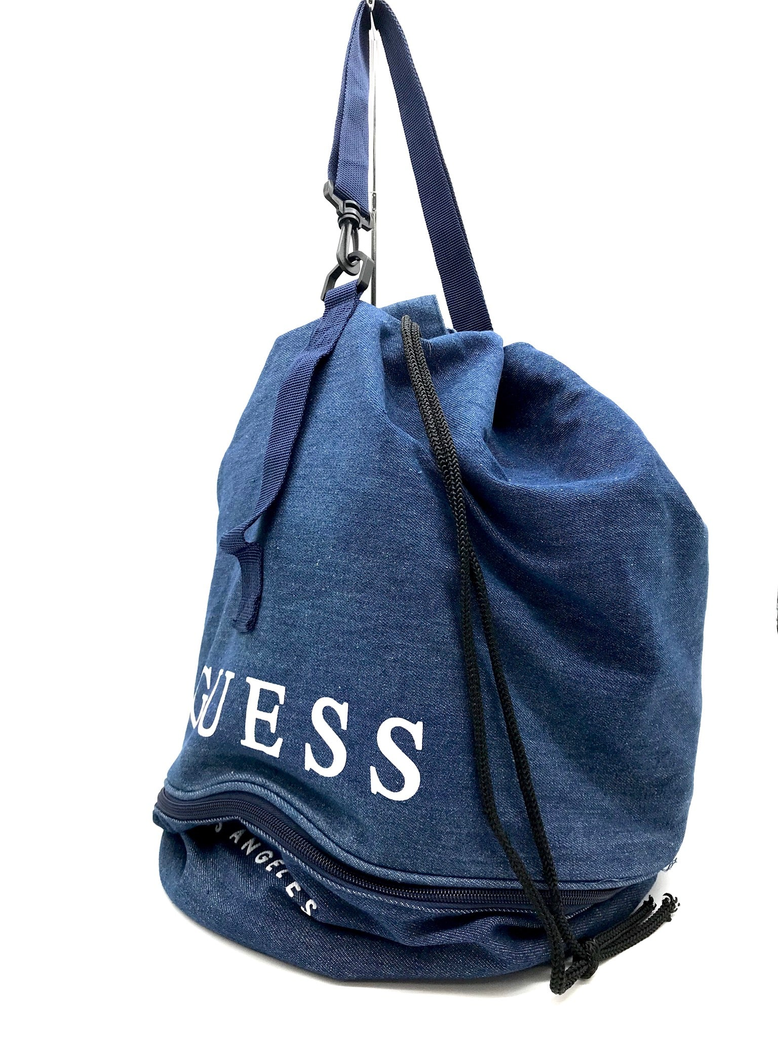 Photo #1 - <P>BRAND: GUESS <BR>STYLE: BACKPACK/HANDBAG <BR>COLOR: DENIM <BR>SIZE: SMALL <BR>SKU: 262-26275-64641<BR>AS IS</P>