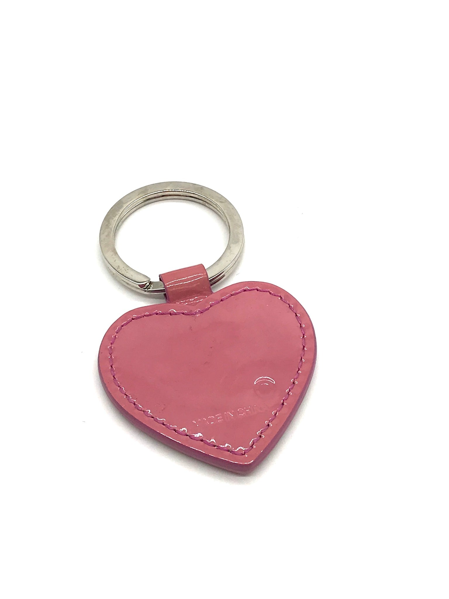Photo #1 - BRAND: COACH <BR>STYLE: HEART KEYCHAIN <BR>COLOR: PINK<BR>SKU: 262-26241-42473<BR>SLIGHT WEAR - AS IS