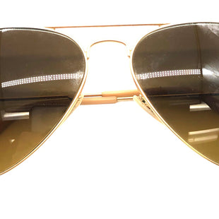 Primary Photo - BRAND: RAY BAN STYLE: SUNGLASSES COLOR: GOLD OTHER INFO: AS IS SKU: 262-262101-3270AS IS SOME SLIGHT WEAR