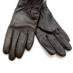 Primary Photo - BRAND:    CLOTHES MENTOR STYLE: GLOVES COLOR: DARK BROWN SKU: 262-26275-68414100% LEATHER & FLEECE TRIMFITS SMALL