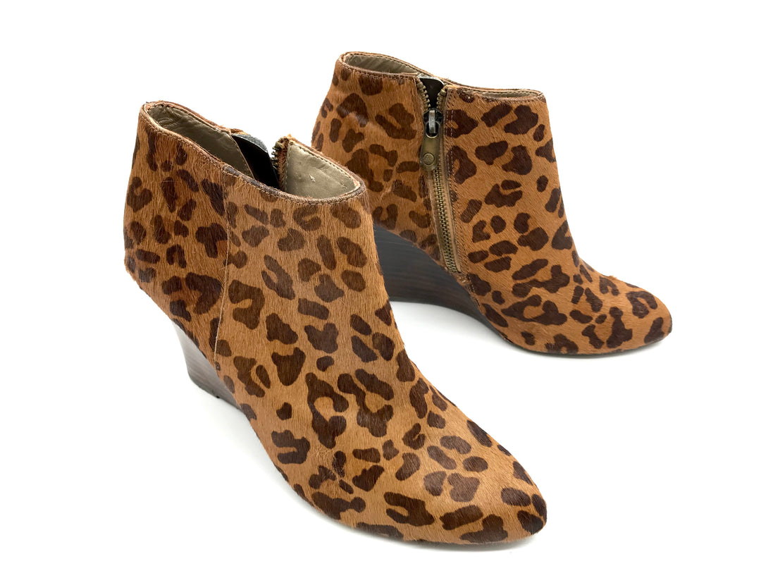 Photo #1 - BRAND: ADRIENNE VITTADINI <BR>STYLE: BOOTS ANKLE <BR>COLOR: ANIMAL PRINT <BR>SIZE: 7 <BR>SKU: 262-26275-65326<BR>IN GOOD SHAPE AND CONDITION <BR>AS IS