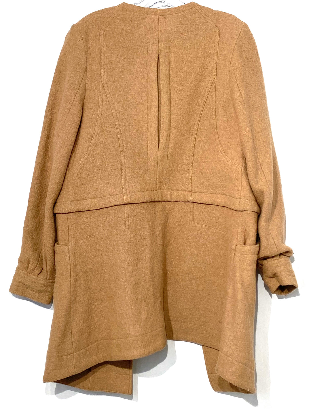 Photo #1 - BRAND: FREE PEOPLE <BR>STYLE: JACKET OUTDOOR <BR>COLOR: BEIGE <BR>SIZE: M <BR>SKU: 262-262100-271<BR>COAT THAT UNZIPS TO BE A SHORT JACKET