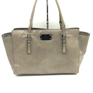 "Primary Photo - BRAND: KATE SPADE STYLE: HANDBAG DESIGNER COLOR: TAN SIZE: MEDIUM SKU: 262-26275-73322APPROX. 13.5""L X 11.5""H X 3.5""D. COUPLE VERY SLIGHT SPOTS NEAR SOME EDGES"