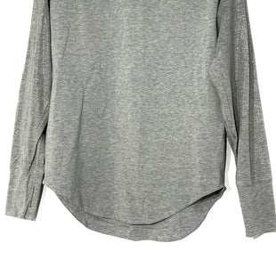 Primary Photo - BRAND: LULULEMON STYLE: ATHLETIC TOP COLOR: GREY SIZE: 4 SKU: 262-26211-141476DESIGNER FINAL