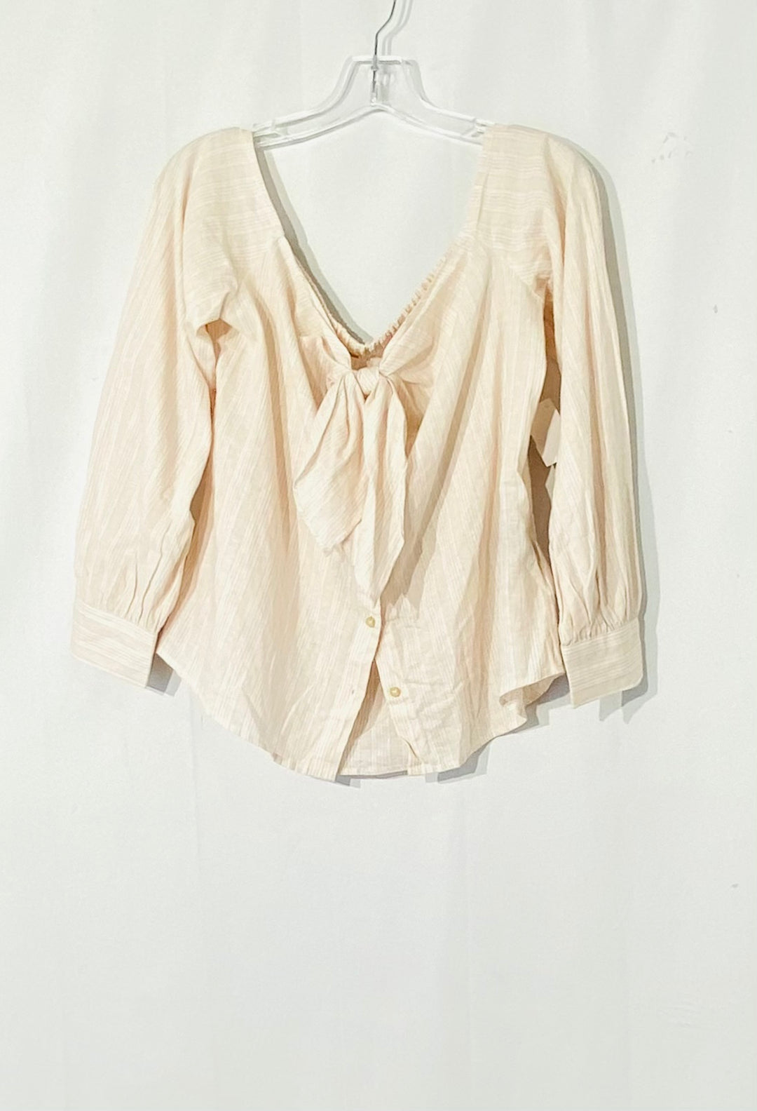 Primary Photo - BRAND: FREE PEOPLE <BR>STYLE: TOP LONG SLEEVE <BR>COLOR: SOFT PINK<BR>SIZE: M <BR>SKU: 262-26275-72538