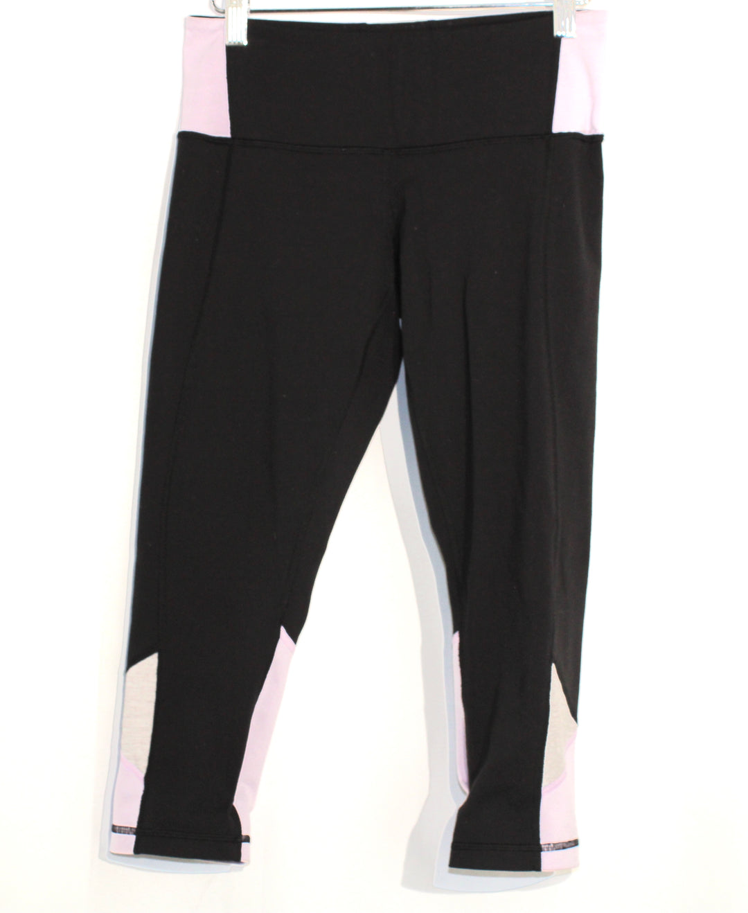 Primary Photo - BRAND: LULULEMON <BR>STYLE: ATHLETIC CAPRIS <BR>COLOR: BLACK LILAC<BR>SIZE: 6 <BR>SKU: 262-262101-1012<BR><BR>GENTLE WEAR AS IS <BR>DESIGNER FINAL