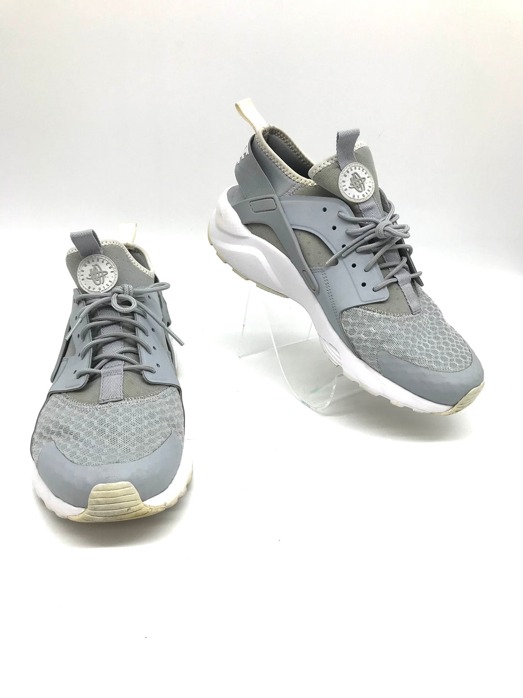 Primary Photo - BRAND: NIKE <BR>STYLE: SHOES ATHLETIC <BR>COLOR: GREY <BR>SIZE: 10 <BR>SKU: 262-26275-71485<BR>AS IS SLIGHT WEAR <BR>