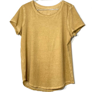 Primary Photo - BRAND: LULULEMON STYLE: ATHLETIC TOP SHORT SLEEVE COLOR: TAN SIZE: 10OTHER INFO: SKU: 262-26241-44998SIZE TAG MISSING AS IS NO GUARANTEE OF SIZE
