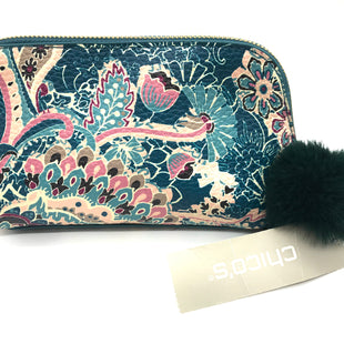 "Primary Photo - BRAND: CHICOS STYLE: MAKEUP BAG COLOR: PAISLEY SKU: 262-26275-72974APPROX. 6""L X 4.25""H X 2.5""D"