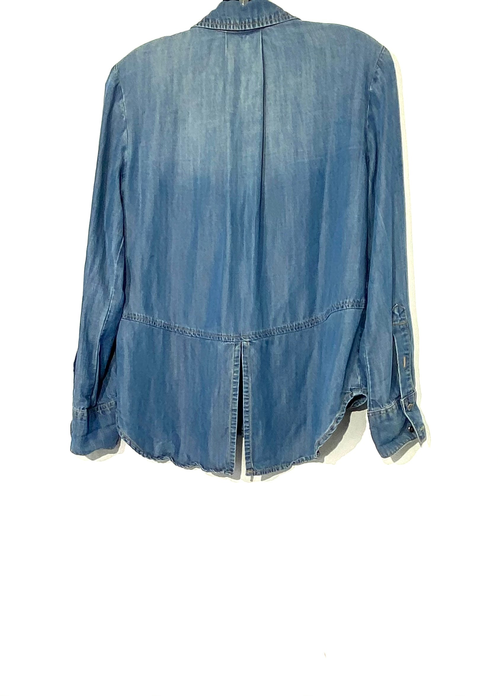Photo #1 - BRAND: CLOTH AND STONE <BR>STYLE: TOP LONG SLEEVE <BR>COLOR: DENIM <BR>SIZE: XS <BR>SKU: 262-26275-66752