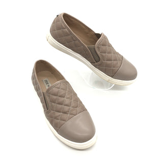 Primary Photo - BRAND: STEVE MADDEN STYLE: SHOES FLATS COLOR: BEIGE SIZE: 7 SKU: 262-26275-77178IN GOOF SHAPE AND CONDITION