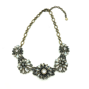 Primary Photo - BRAND:    CLOTHES MENTOR STYLE: NECKLACE COLOR: MULTI SKU: 262-26275-75277AS IS