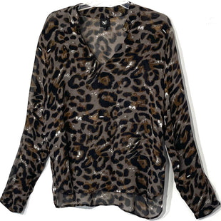 Primary Photo - BRAND:    NU DENMARKSTYLE: BLOUSE COLOR: ANIMAL PRINT SIZE: XS OTHER INFO:SKU: 262-26211-142522
