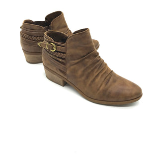 Primary Photo - BRAND: BARE TRAPS STYLE: BOOTS ANKLE COLOR: BROWN SIZE: 7.5 SKU: 262-26211-136098AS IS