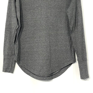Primary Photo - BRAND: LULULEMON STYLE: ATHLETIC TOP COLOR: GREY SIZE: 6 SKU: 262-26211-141480DESIGNER FINAL