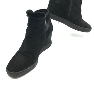 Primary Photo - BRAND:  AQUATALIA STYLE: BOOTS ANKLE COLOR: BLACK SIZE: 9OTHER INFO: AS IS SLIGHT SCRATCHES SKU: 262-26241-43248MAY FIT SZ8.5.SLIGHT SCRATCHES TO WEDGE HEEL.