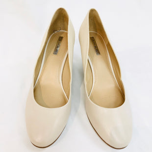 Primary Photo - BRAND: TAHARI STYLE: SHOES LOWCOLOR: BEIGE SIZE: 8 SKU: 262-26275-46430- AS IS -