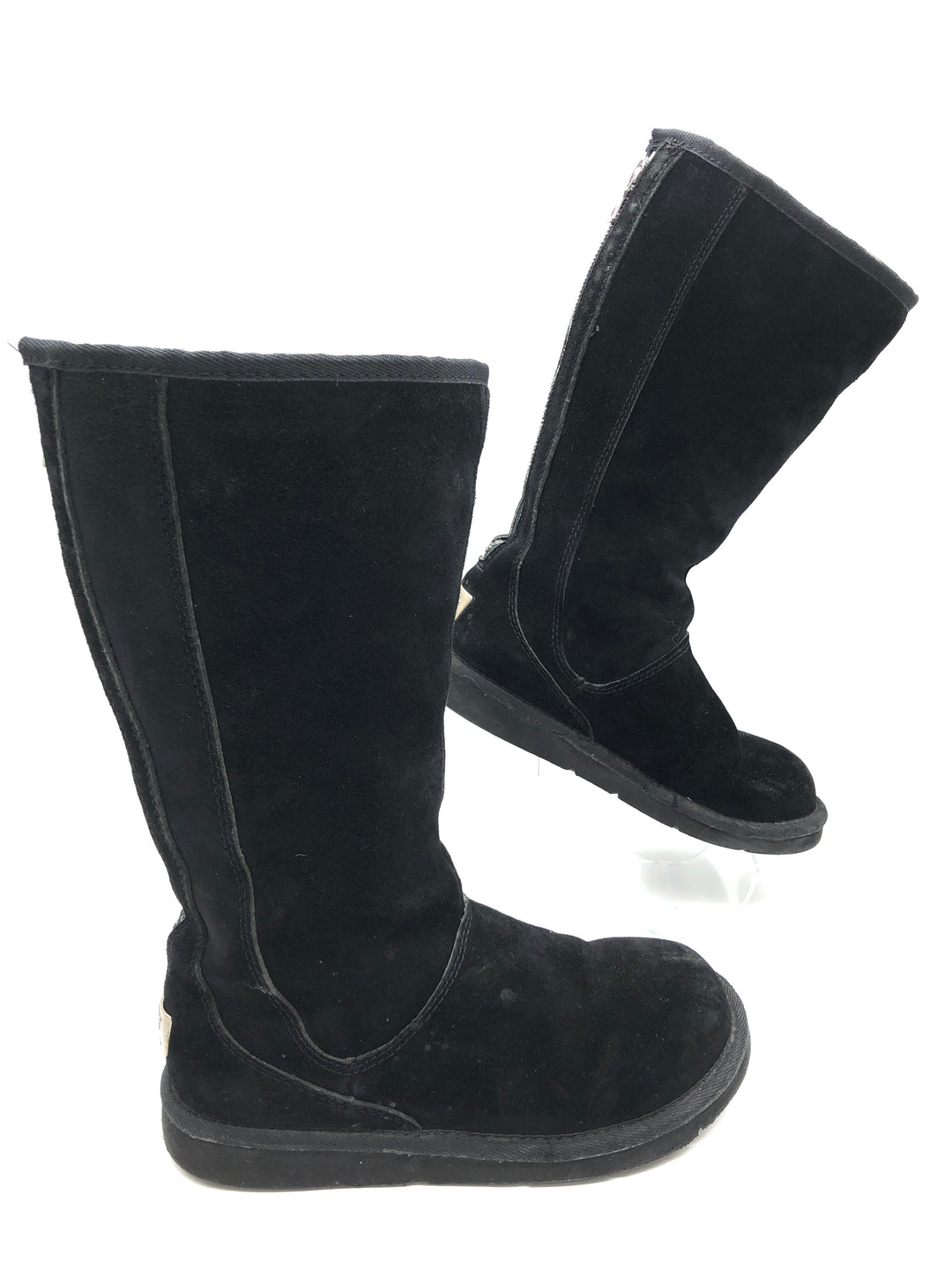Photo #1 - BRAND: UGG <BR>STYLE: BOOTS KNEE <BR>COLOR: BLACK <BR>SIZE: 6 <BR>SKU: 262-26275-75288<BR><BR>PRICE REFLECTS SOME SLIGHT WEAR (EX. SCUFFING, WATER SPOTS)