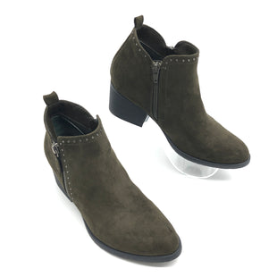 Primary Photo - BRAND: SONOMA STYLE: BOOTS ANKLE COLOR: OLIVE SIZE: 8 SKU: 262-26275-75724IN GREAT SHAPE AND CONDITION