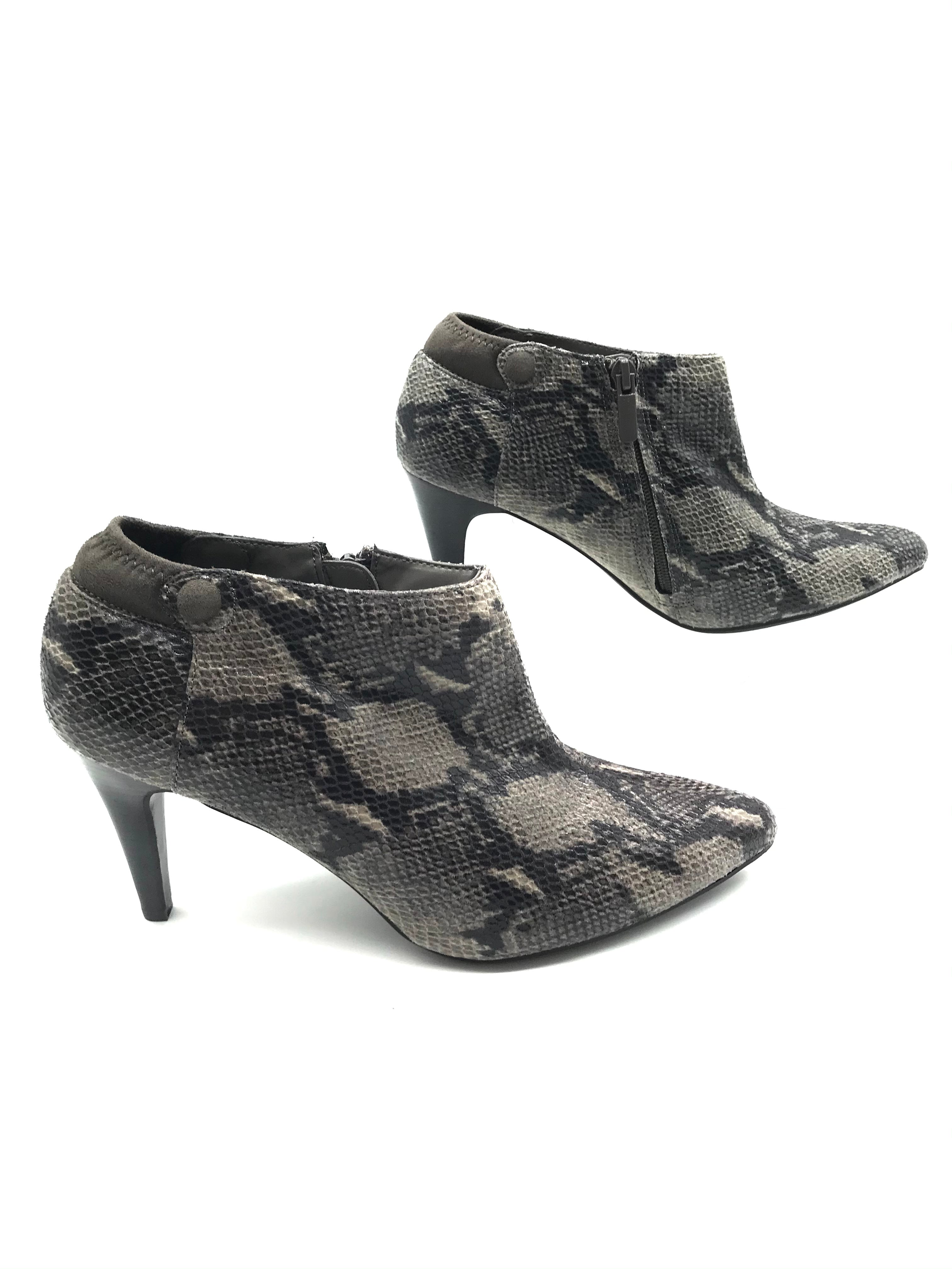 Photo #1 - BRAND: IMPO <BR>STYLE: BOOTS ANKLE <BR>COLOR: SNAKESKIN PRINT <BR>SIZE: 7.5 <BR>SKU: 262-26275-73274