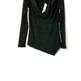 Primary Photo - BRAND: RED HAUTE STYLE: SWEATER LIGHTWEIGHT COLOR: DARK GREY SIZE: XS SKU: 262-26275-73529