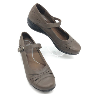 Primary Photo - BRAND: DANSKO STYLE: SANDALS FLAT COLOR: BROWN SIZE: 8.5 SKU: 262-26275-73612IN GOOD SHAPE AND CONDITION