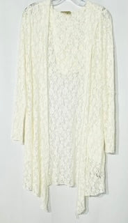 Primary Photo - BRAND: ONE WORLD <BR>STYLE: COVER<BR>COLOR: WHITE <BR>SIZE: L <BR>SKU: 262-26275-68860