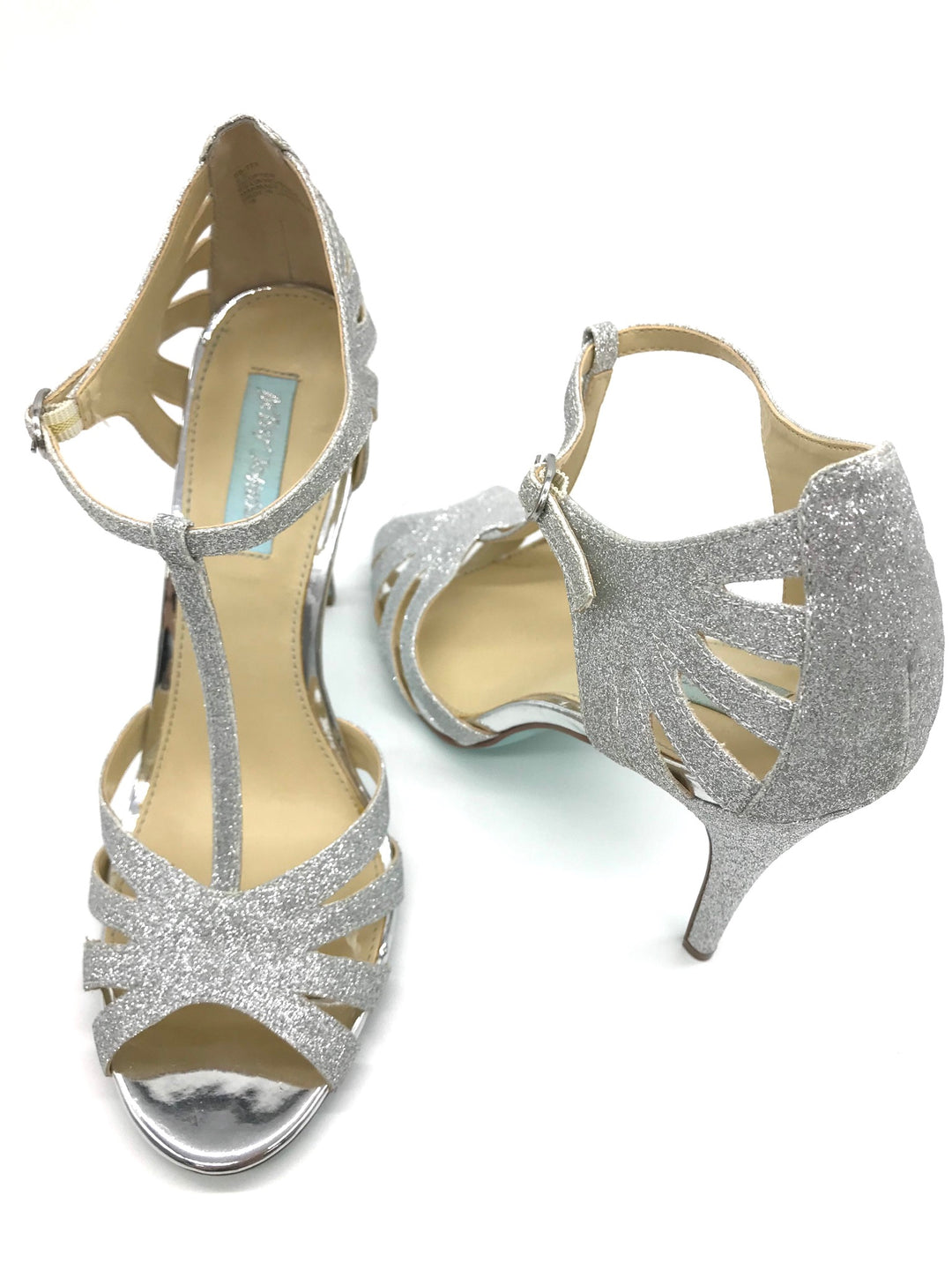Photo #1 - BRAND: BETSEY JOHNSON <BR>STYLE: SANDALS HIGH <BR>COLOR: SILVER <BR>SIZE: 9.5 <BR>SKU: 262-26275-62519<BR>IN NEW CONDITION - AS IS