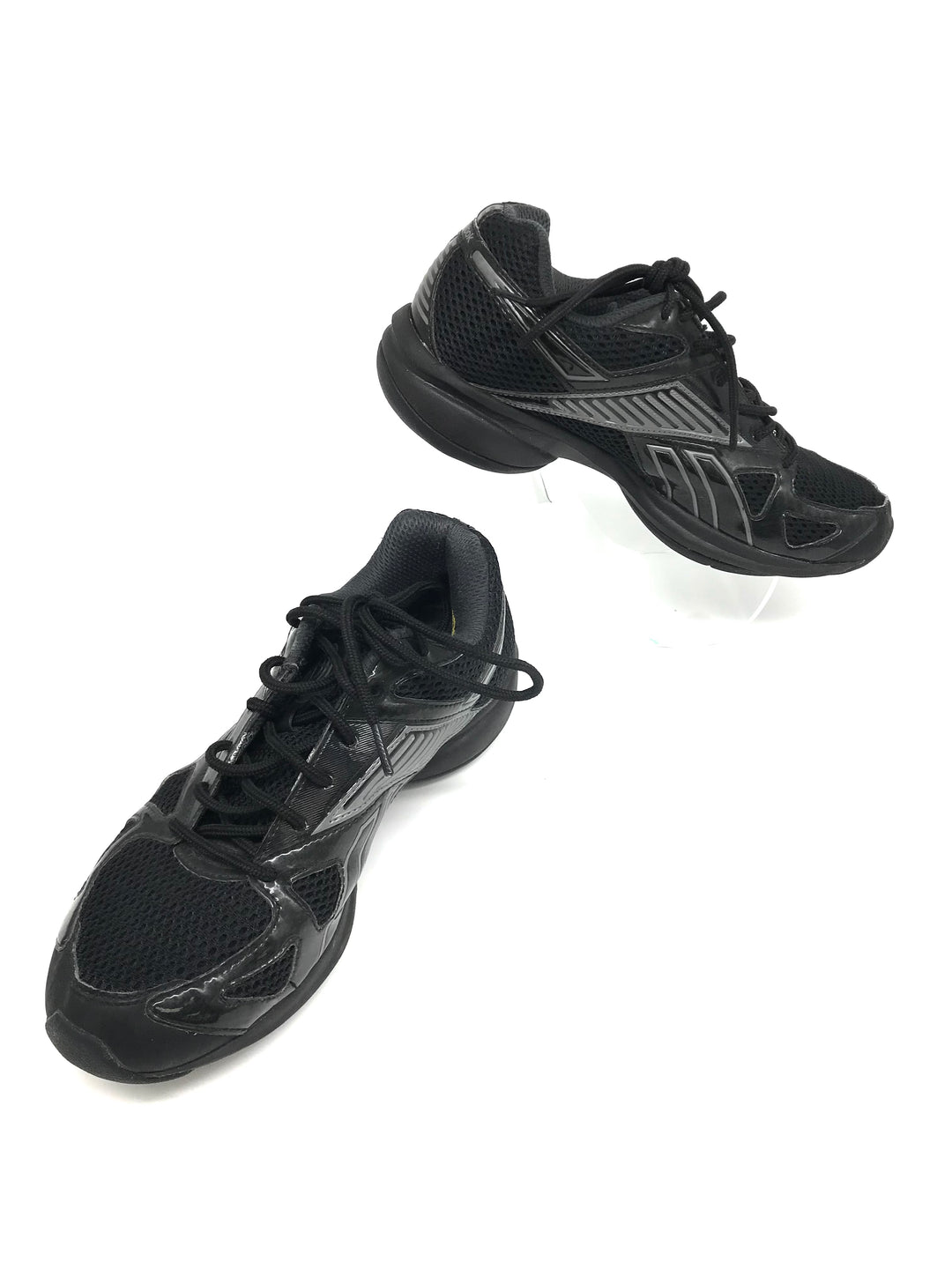 Primary Photo - BRAND: REEBOK <BR>STYLE: SHOES ATHLETIC <BR>COLOR: BLACK <BR>SIZE: 8 <BR>SKU: 262-26241-43781