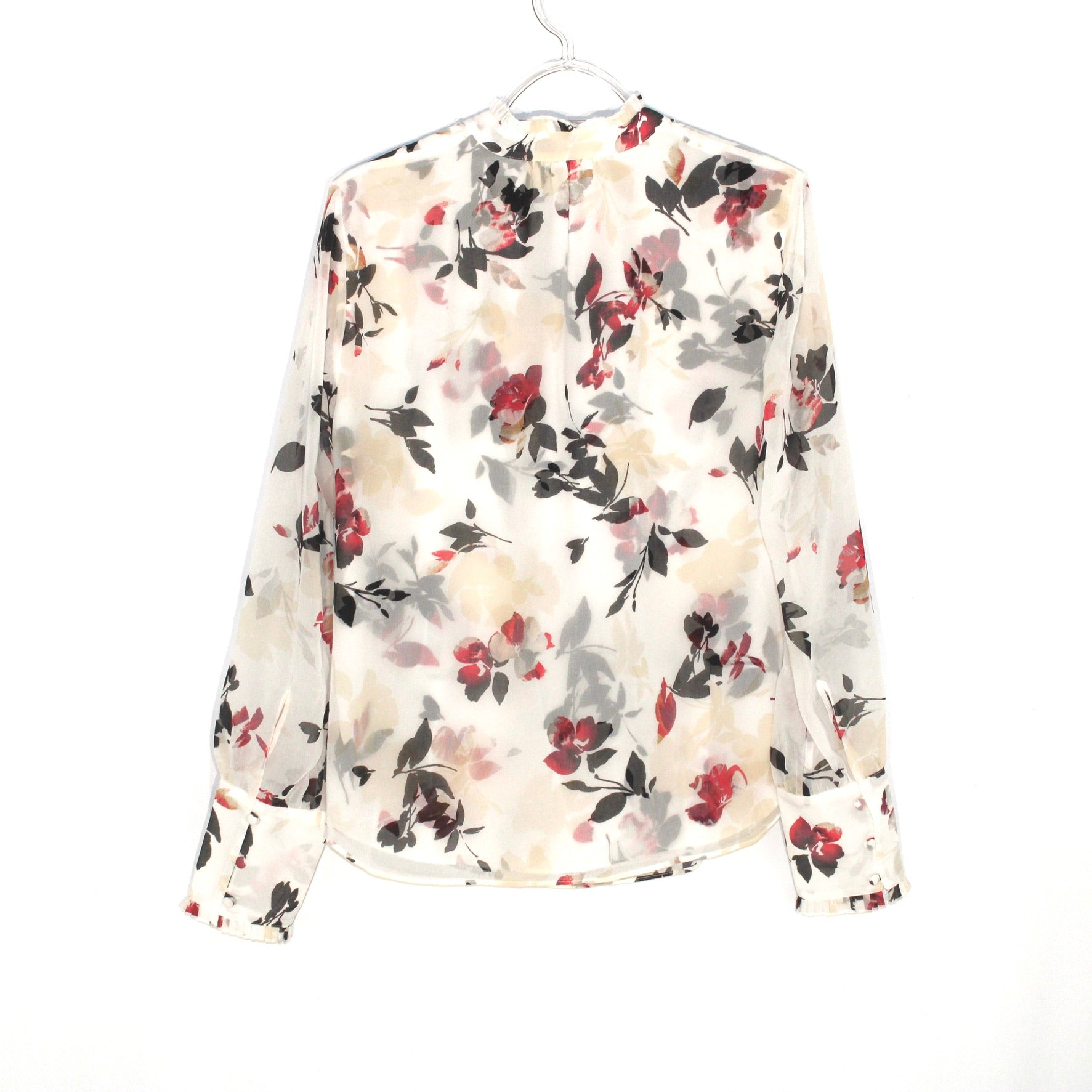Photo #1 - BRAND: WHITE HOUSE BLACK MARKET <BR>STYLE: BLOUSE <BR>COLOR: FLORAL <BR>SIZE: S/4<BR>SKU: 262-26275-58434
