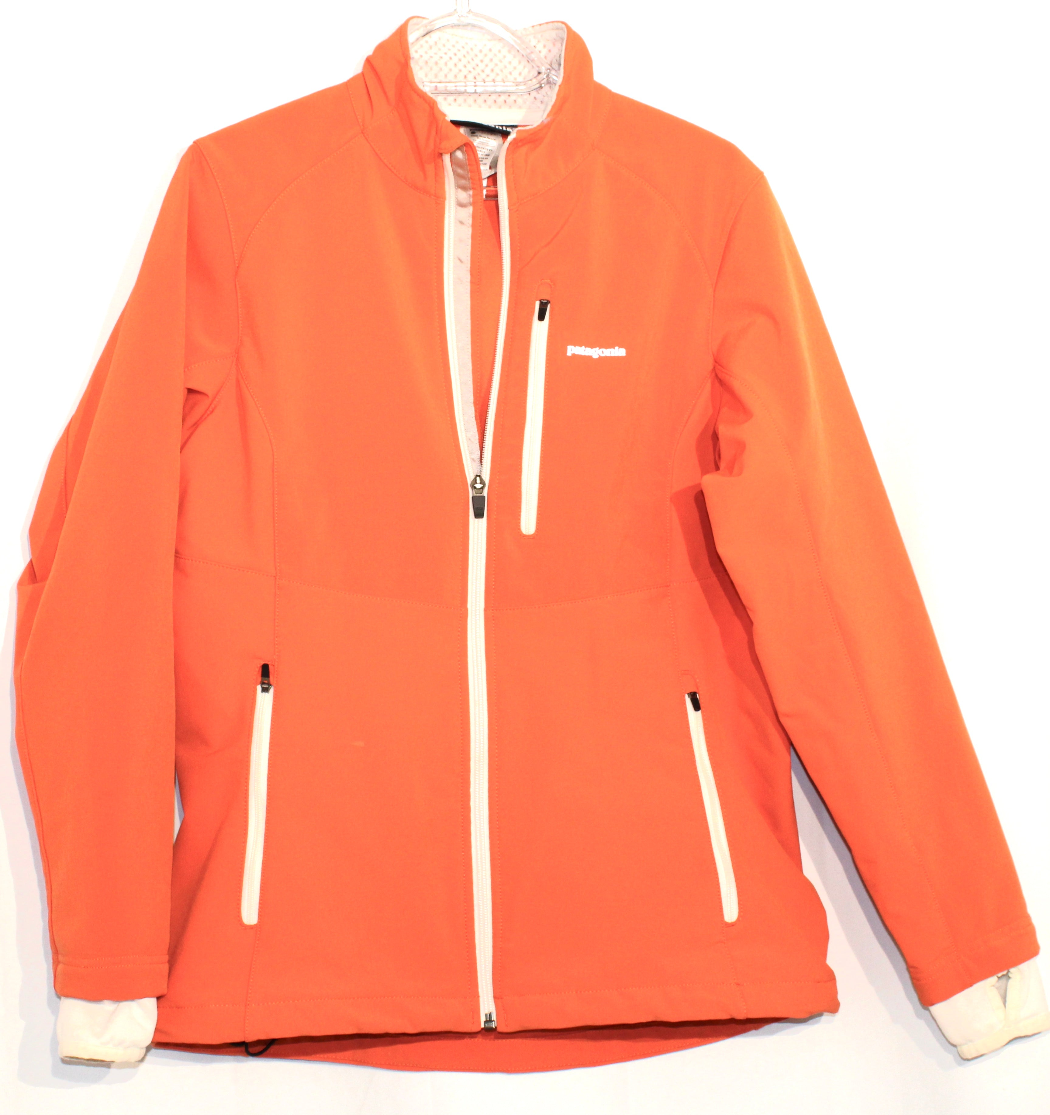 Primary Photo - BRAND: PATAGONIA <BR>STYLE: JACKET OUTDOOR <BR>COLOR: ORANGE <BR>SIZE: M <BR>SKU: 262-26285-2820<BR><BR>DESIGNER FINAL