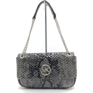 "Primary Photo - BRAND: MICHAEL KORS STYLE: HANDBAG DESIGNER COLOR: SNAKESKIN PRINT SIZE: SMALL 6.5""H X 10""L X 2""WDROP: 8""SKU: 262-26275-77632IN GREAT SHAPE AND CONDITION"