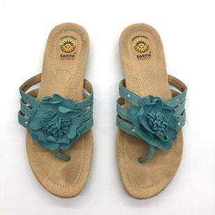 Primary Photo - BRAND: EARTH STYLE: SANDALS FLAT COLOR: TEAL SIZE: 8 SKU: 262-26241-47624