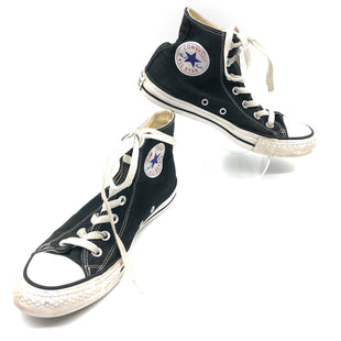 Primary Photo - BRAND: CONVERSE STYLE: SHOES ATHLETIC COLOR: BLACK WHITE SIZE: 8 SKU: 262-26211-144504SLIGHT SPOTS, SOME SLIGHT RUBBING OF LOGO
