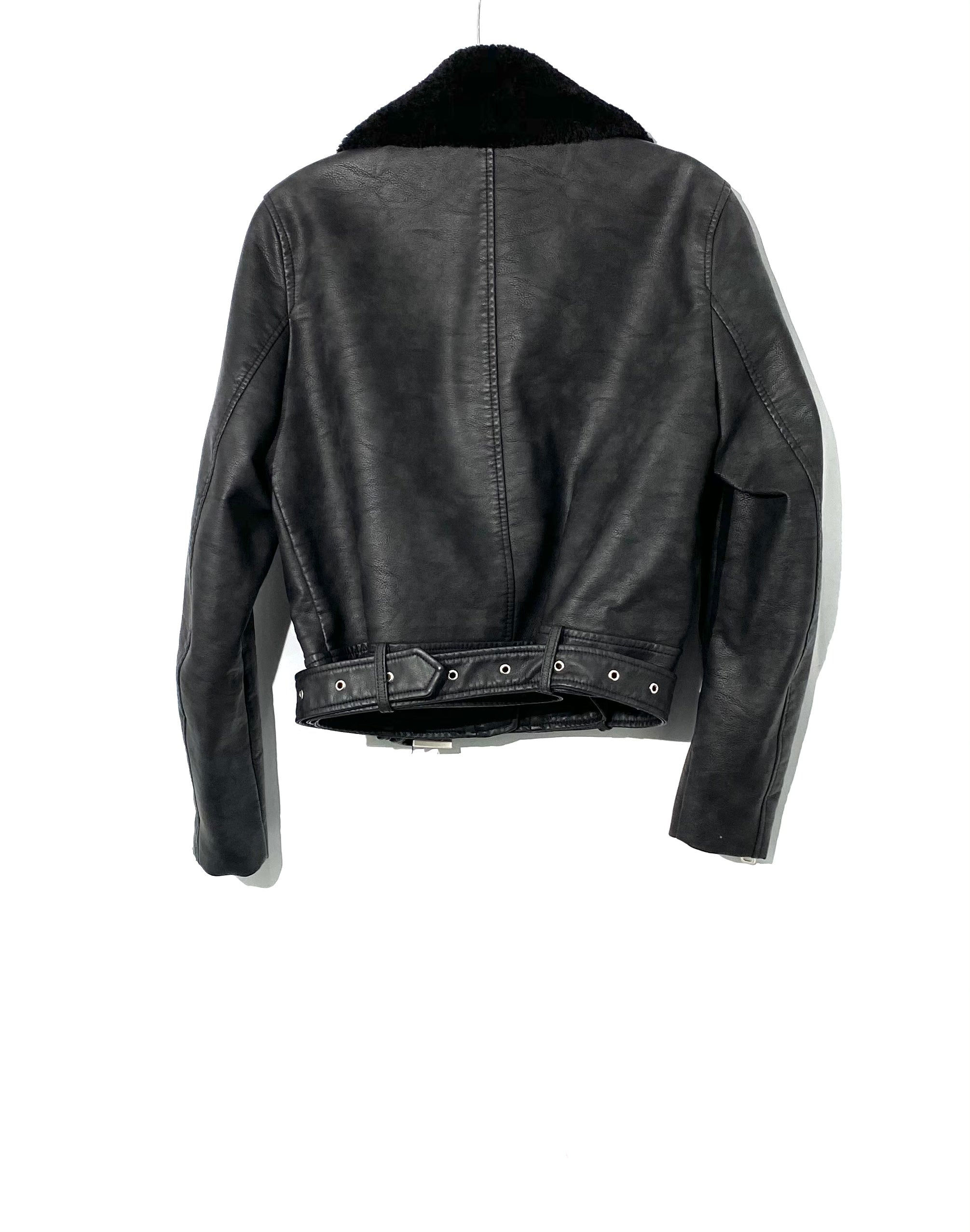 Photo #1 - BRAND: ZARA BASIC <BR>STYLE: JACKET OUTDOOR <BR>COLOR: BLACK <BR>SIZE: L <BR>SKU: 262-26275-71811<BR>FAUX LEATHER