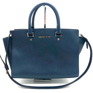 "Primary Photo - BRAND: MICHAEL KORS STYLE: HANDBAG DESIGNER COLOR: NAVY SIZE: MEDIUM SKU: 262-26275-74464APPROX. 13""L X 10""H X 5""D. SLIGHT SCRATCHES TO FEET"