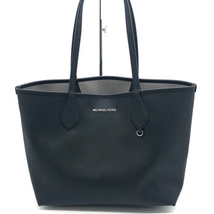 "Primary Photo - BRAND: MICHAEL KORS STYLE: HANDBAG REVERSIBLE COLOR: BLACK  GREY SIZE: MEDIUM SKU: 262-26275-75789AS IS WEAR ON CORNERS , SLIGHT MARKS, SPOTS ON GREY SIDE APPROX 10""X11""X6.5"""