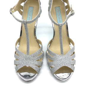 Primary Photo - BRAND: BETSEY JOHNSON STYLE: SANDALS HIGH COLOR: SILVER SIZE: 9.5 SKU: 262-26275-62519IN NEW CONDITION - AS IS