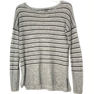 Primary Photo - BRAND: VINCE STYLE: SWEATER LIGHTWEIGHT COLOR: STRIPED SIZE: XS SKU: 262-26211-143892SMALL SNAG AS IS (SEE PIC)