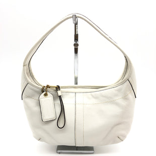 "Primary Photo - BRAND: COACH STYLE: HANDBAG DESIGNER COLOR: WHITE SIZE: SMALL 8""H X 12""L X 2""WDROP: 6""SKU: 262-26275-74113GENTLE WEAR ON BOTTOM CORNERS • OVERALL IN GOOD CONDITION •"