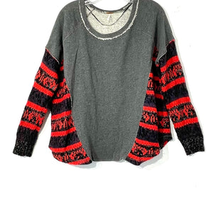 Primary Photo - BRAND: FREE PEOPLE STYLE: SWEATER LIGHTWEIGHT COLOR: RED GREY SIZE: S SKU: 262-26275-73520