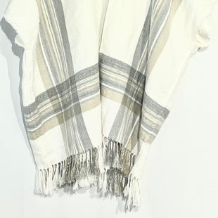 Primary Photo - BRAND: ANN TAYLOR LOFT STYLE: SHAWL COLOR: PLAID WHITESIZE: XS/SSKU: 262-26275-66292