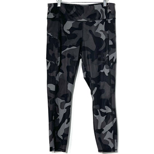 Primary Photo - BRAND: ATHLETA STYLE: ATHLETIC CAPRIS COLOR: CAMOFLAUGE SIZE: L SKU: 262-26275-77550