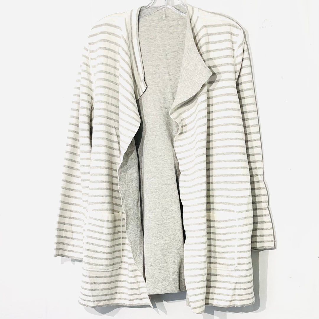 Primary Photo - BRAND:    CLOTHES MENTOR <BR>STYLE: SWEATER CARDIGAN LIGHTWEIGHT <BR>COLOR: STRIPED <BR>SIZE: L/XL<BR>OTHER INFO: <BR>SKU: 262-26275-74736<BR>REVERSIBLE
